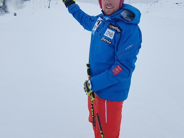 Aleksander Aamodt Kilde trener i Valdres Alpinsenter
