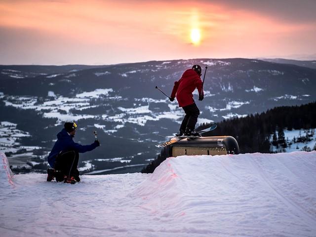 Ski og solefall i Valdres Alpinsenter!